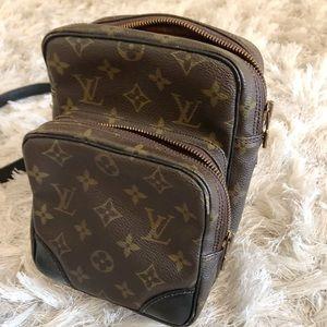 Authentic Louis Vuitton Messenger Bag- Women's